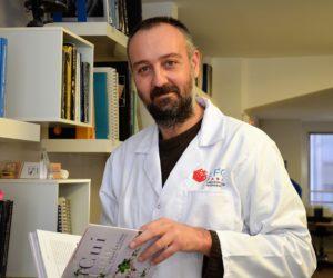DR. STEFANOS KARAMPELAS JOINS THE FRENCH GEMMOLOGY LABORATORY TEAM